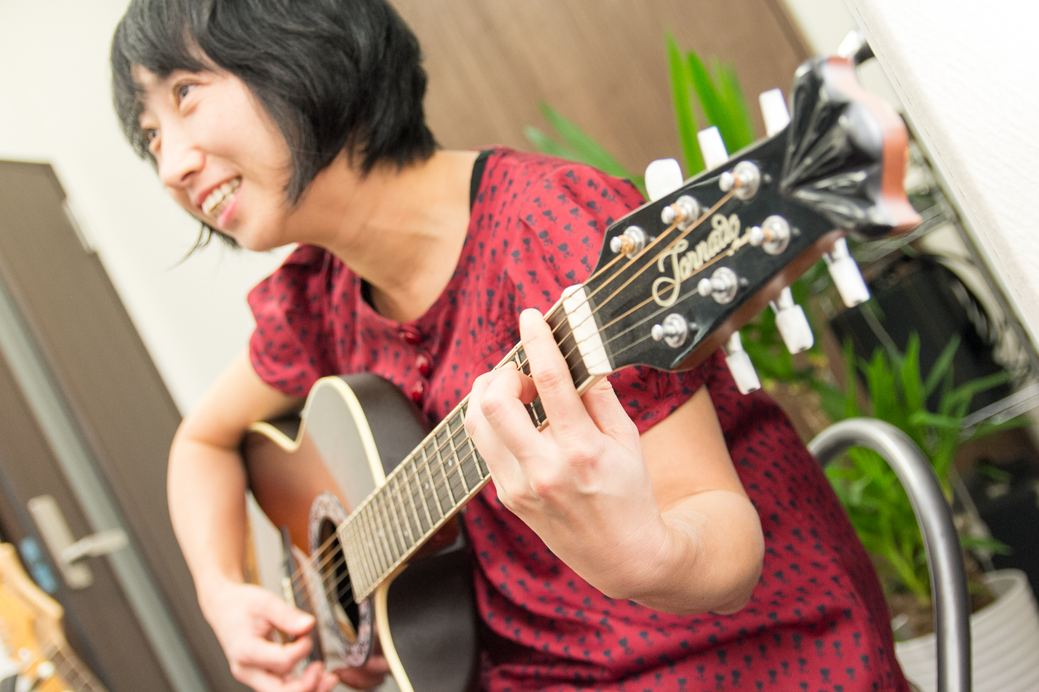 +Musicアコースティックギターレッスン