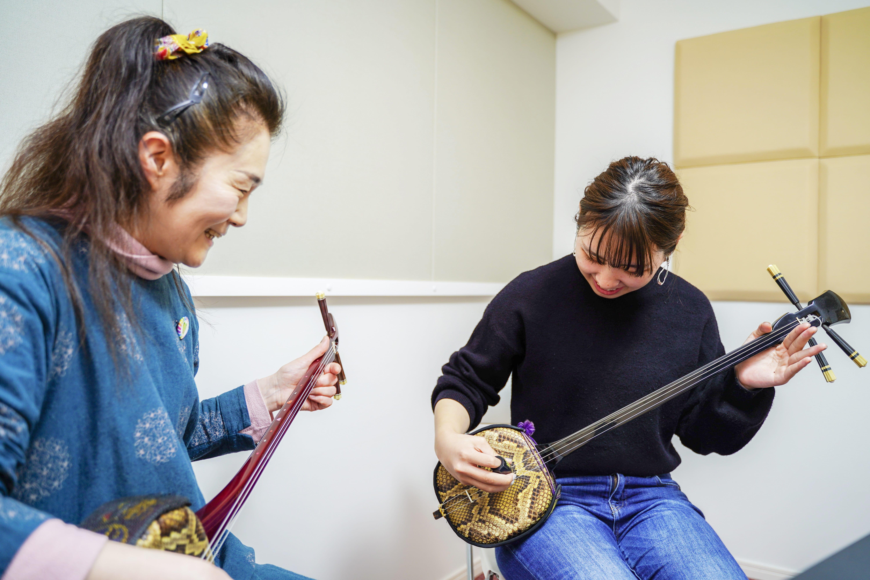 +Music沖縄三味線レッスン