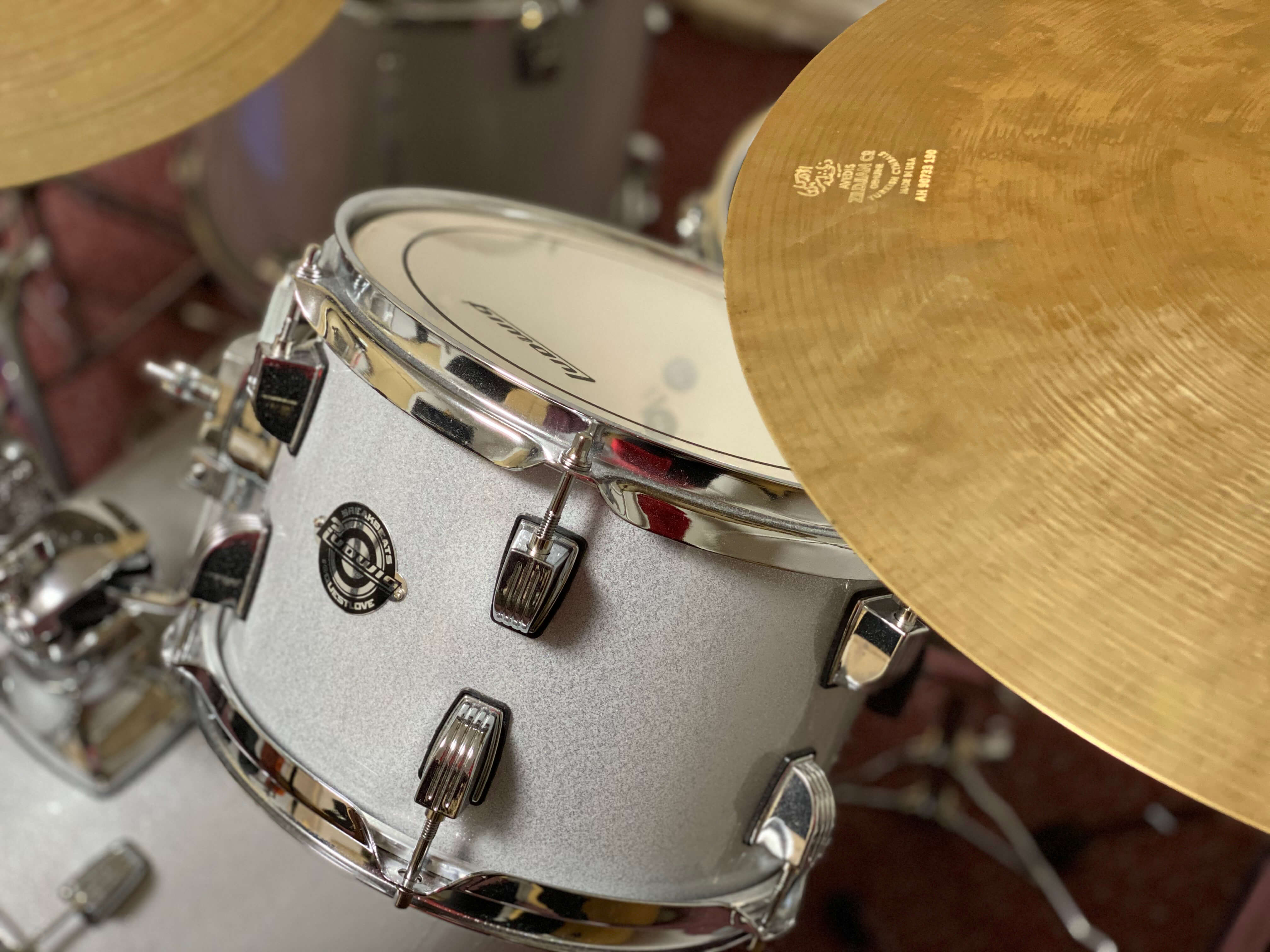 パーカッション・ドラム