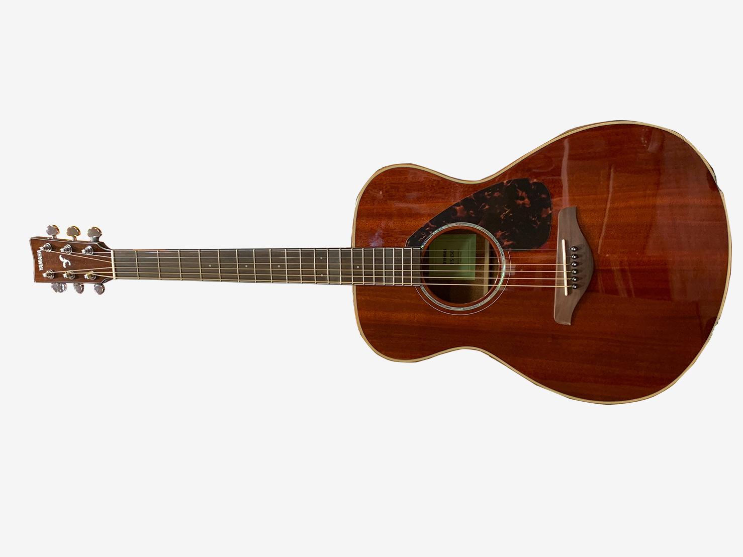 アコースティックギター FS820(ヤマハ)